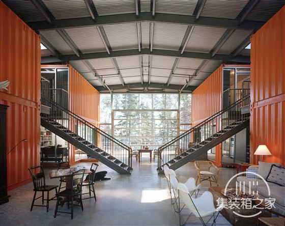 staircase-tdy-home-inline_e64452286446c6733d7642e394d6c122.fit-560w.jpg