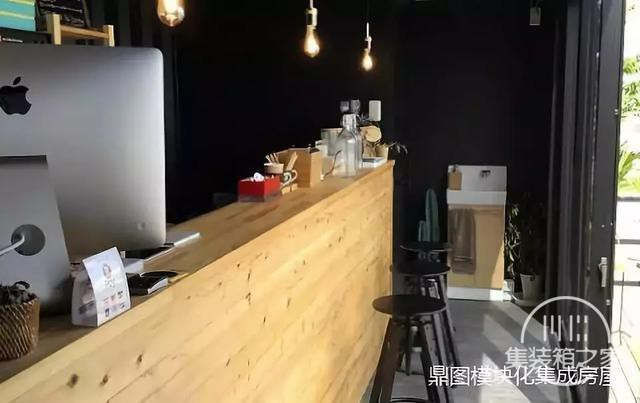 服装店 + 咖啡厅 = 集装箱店铺-16.jpg