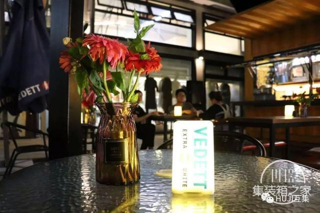 这家开在办公园区的集装箱酒吧,漫游在微醺和艺术的自由空间里-11.jpg