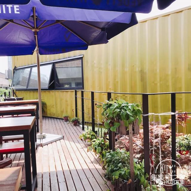 这家开在办公园区的集装箱酒吧,漫游在微醺和艺术的自由空间里-8.jpg