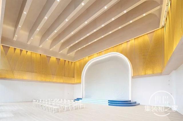 建筑师用上万块积木搭沙盘,做了一个从童话里走出来的售楼中心-37.jpg