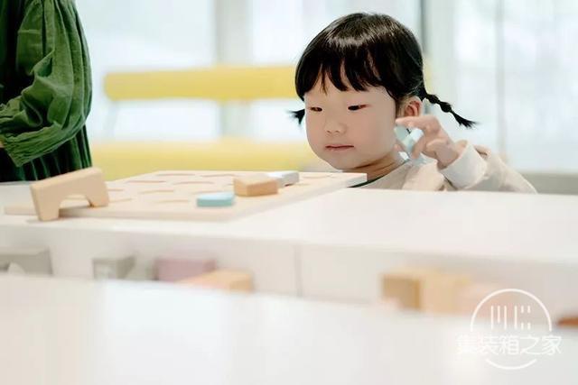 建筑师用上万块积木搭沙盘,做了一个从童话里走出来的售楼中心-77.jpg