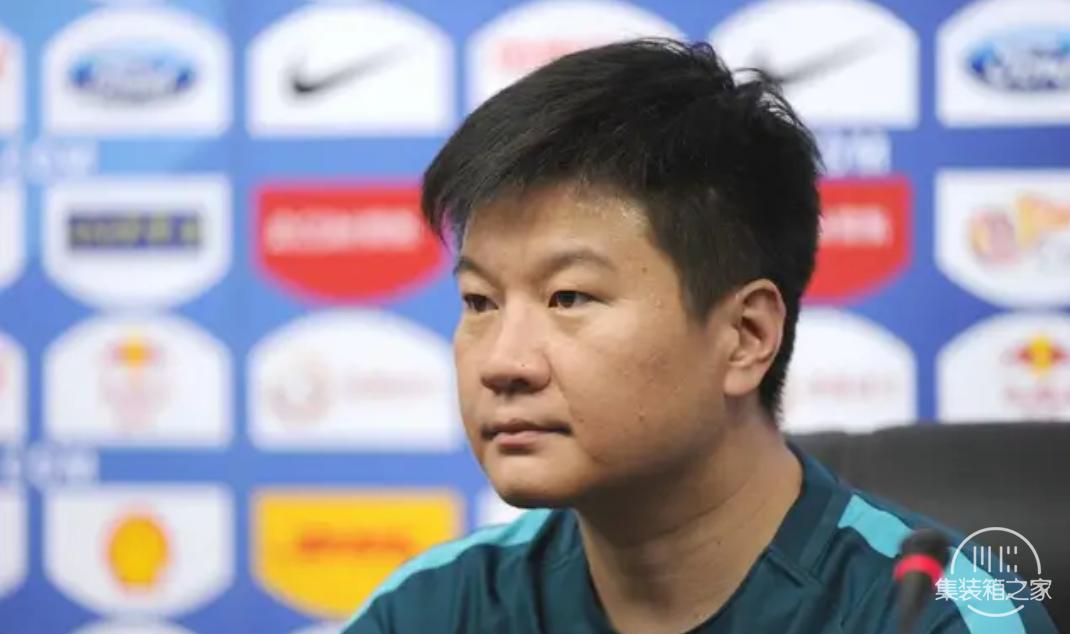 江苏苏宁俱乐部官方宣布:李金羽不再担任球队领队与中方教练组长-2.jpg