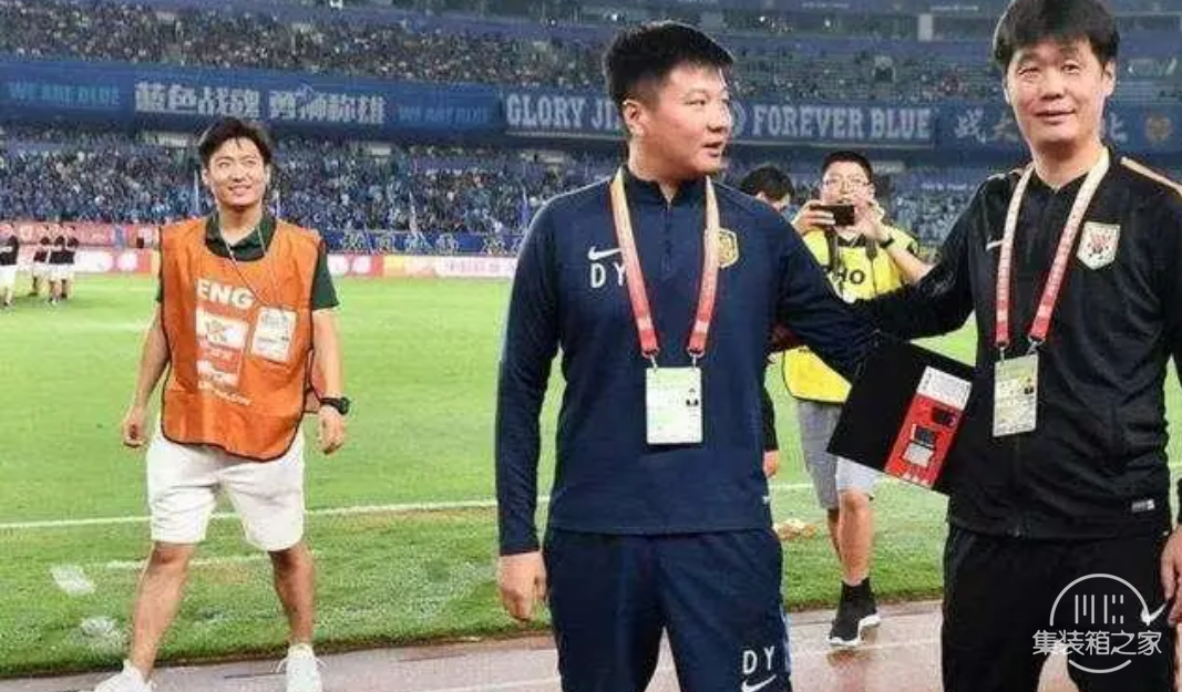 江苏苏宁俱乐部官方宣布:李金羽不再担任球队领队与中方教练组长-5.jpg