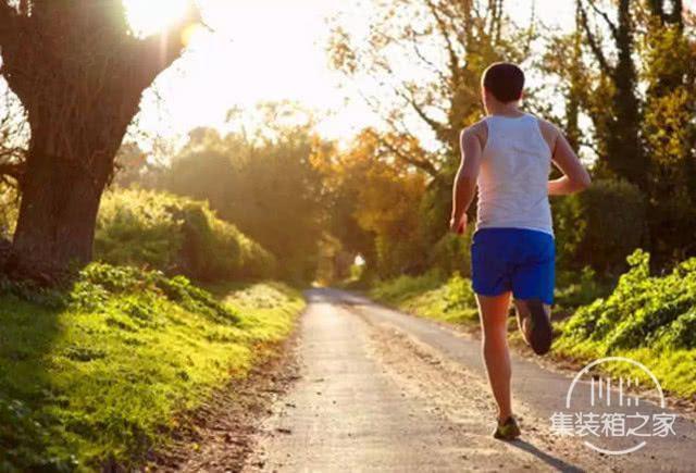 为什么健身教练都不建议跑步健身?跑步健身有什么缺点?-2.jpg