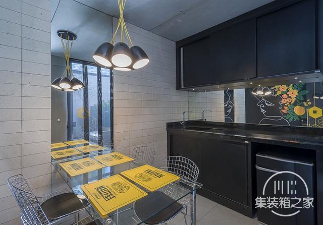 酷炫工业风 模块与美学并存的巴西集装箱可持续办公建筑设计欣赏-15.jpg