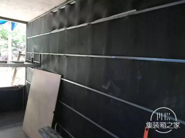他用一个月时间,将6米集装箱改成惬意小屋,厨卫齐全还有地暖-10.jpg