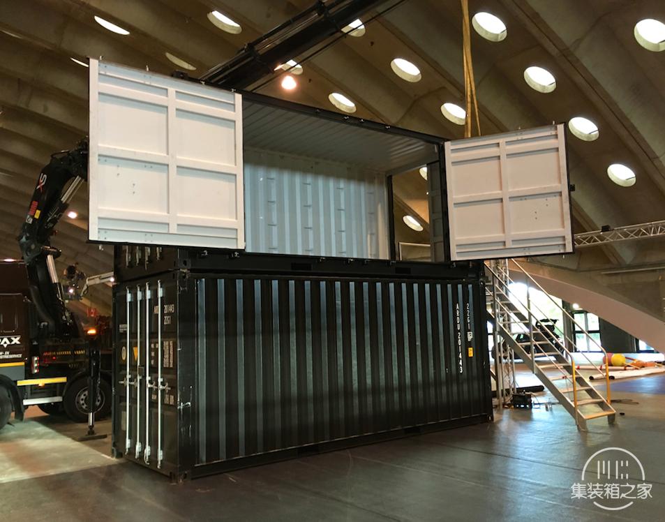利用集装箱改造移动公司展台应用案例-2.jpg