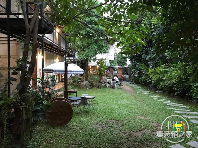 曼谷受欢迎集装箱旅馆--The Yard Hostel-3.jpg
