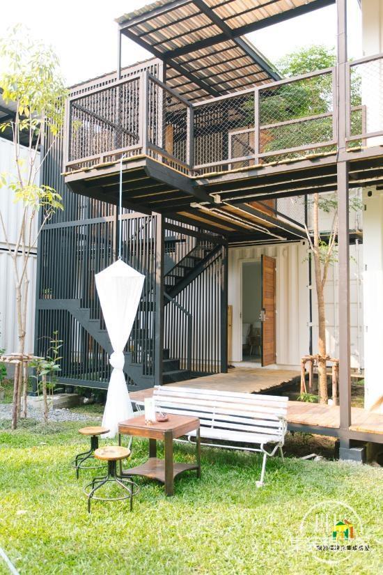 曼谷受欢迎集装箱旅馆--The Yard Hostel-8.jpg