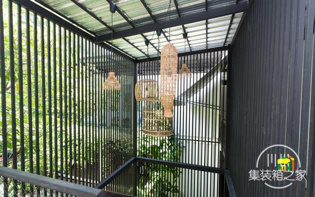 曼谷受欢迎集装箱旅馆--The Yard Hostel-9.jpg