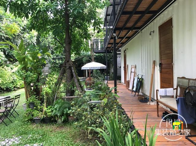 曼谷受欢迎集装箱旅馆--The Yard Hostel-5.jpg