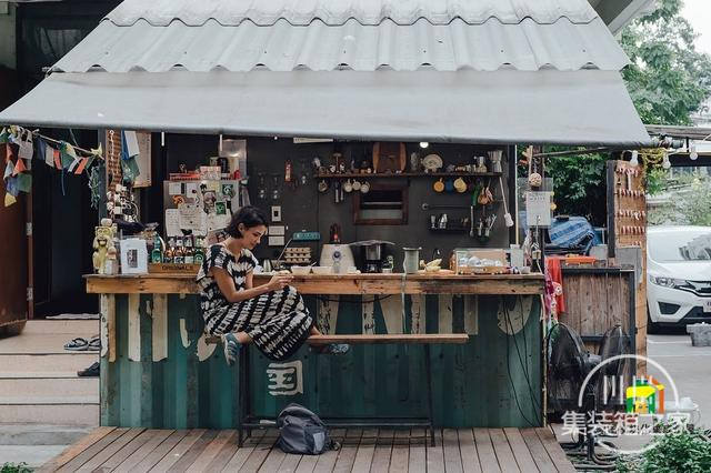 曼谷受欢迎集装箱旅馆--The Yard Hostel-31.jpg