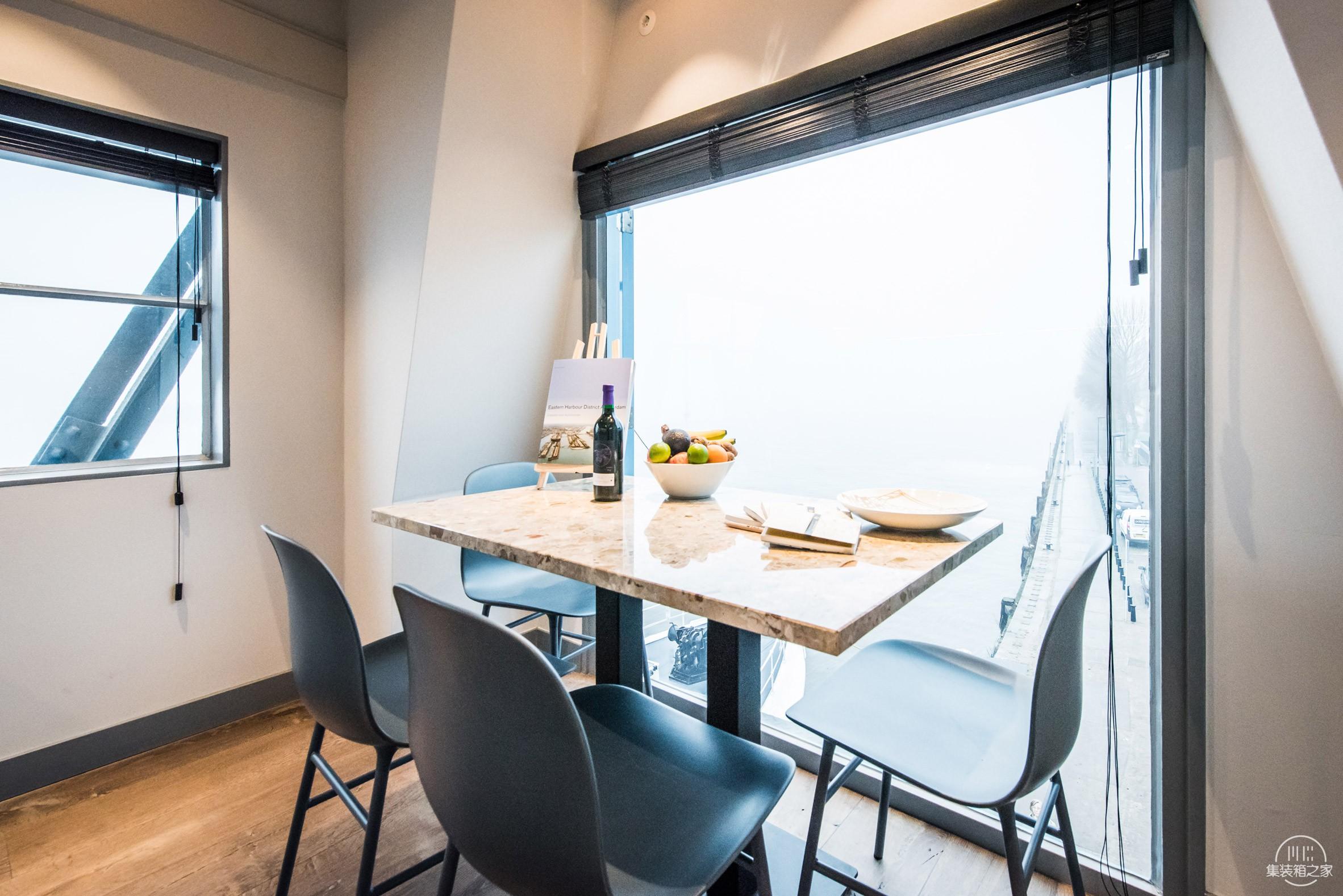 yays-crane-apartment-edward-van-vliet-architecture-interiors-netherlands_rushi_2.jpg