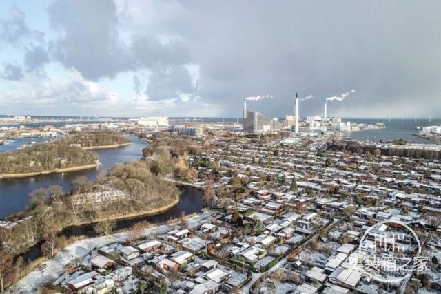 垃圾焚烧厂除了发电供暖还能滑雪攀岩,丹麦的垃圾不够用了-21.jpg