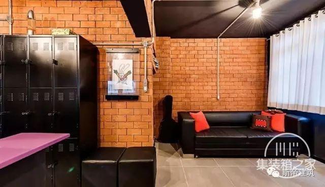 集装箱住宅 | 工业风格的房子也能这么多彩-7.jpg