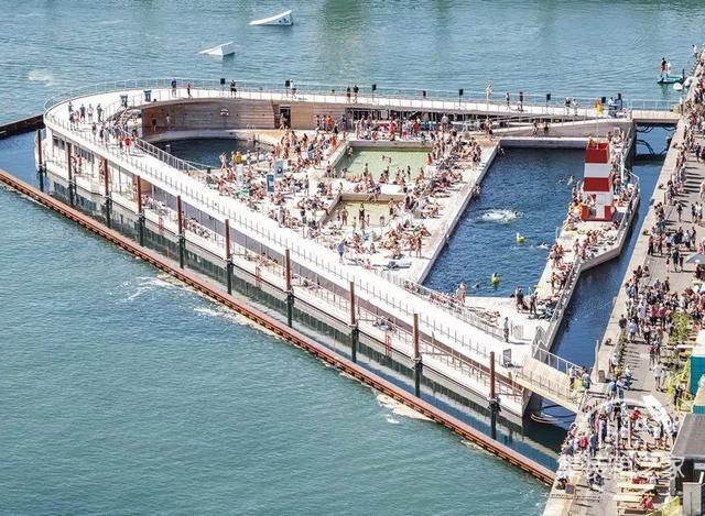 看着就凉快!世界超妖孽泳池设计,见过2个以上算你厉害-16.jpg