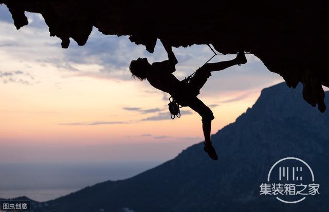 如何应对职场风险?你需要提升徒手攀岩能力-2.jpg