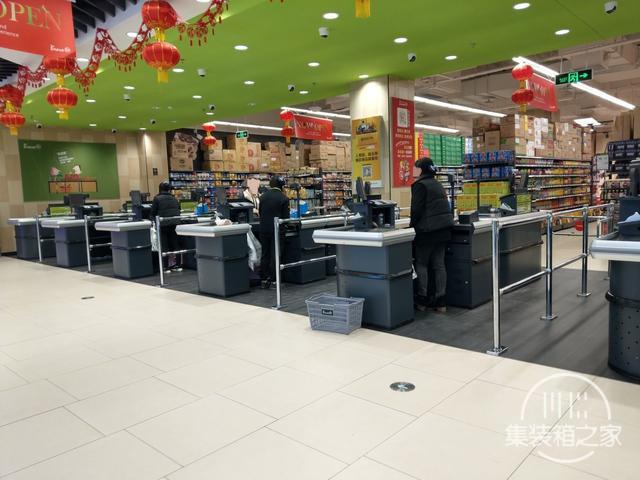 变幻莫测,蓬安永辉超市开业几天后的人流场景,真是变幻莫测啊-3.jpg