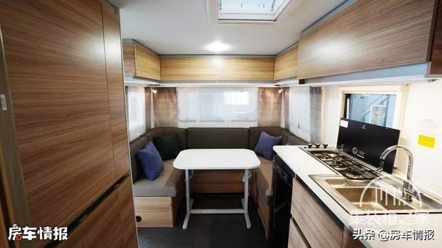 25.8万元起售,这款进口房车一室一厅能住4口,面积达到10.1平米-5.jpg