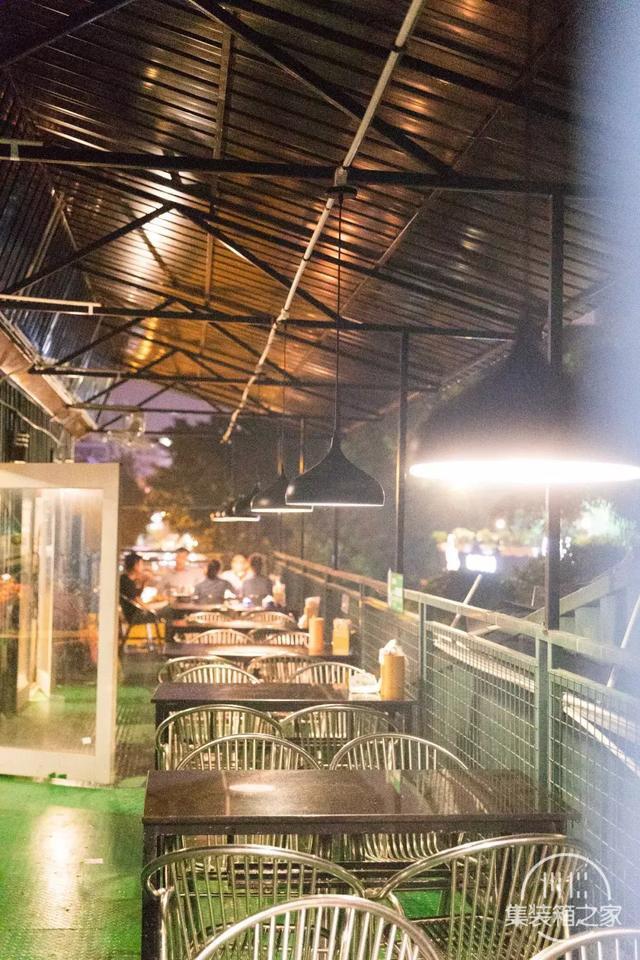 晋江最走心烧烤店:公园美景+集装箱+烧烤趴,凌晨还在排队-2.jpg