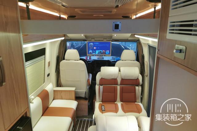 400Ah锂电+160L水箱,奔驰血统B型房车售价30万出头-7.jpg