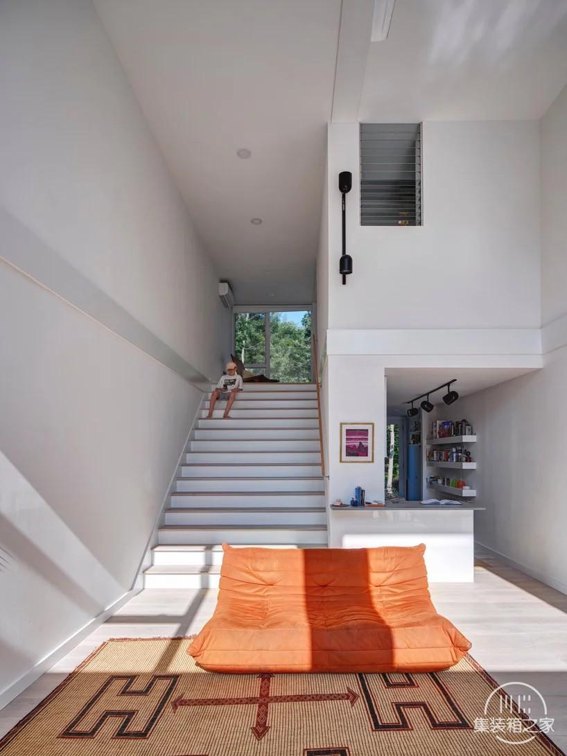 用集装箱建造出现代别墅,不仅省钱,而且效果超赞-5.jpg