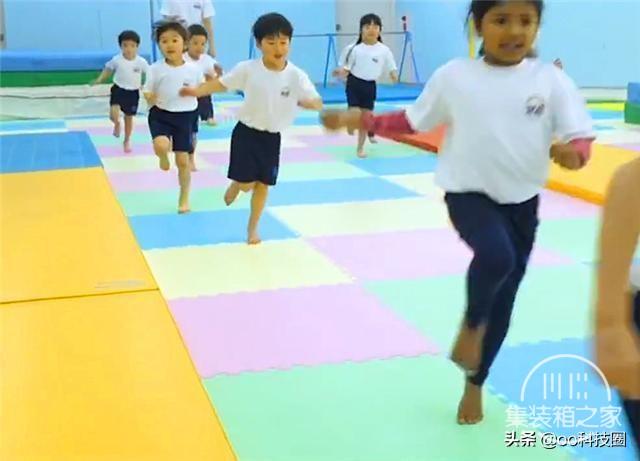 """日本幼儿园""""变态""""身体素质课,让孩子种地淋雨,野蛮生长-2.jpg"""
