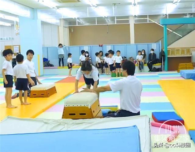 """日本幼儿园""""变态""""身体素质课,让孩子种地淋雨,野蛮生长-7.jpg"""