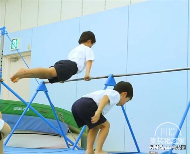 """日本幼儿园""""变态""""身体素质课,让孩子种地淋雨,野蛮生长-8.jpg"""