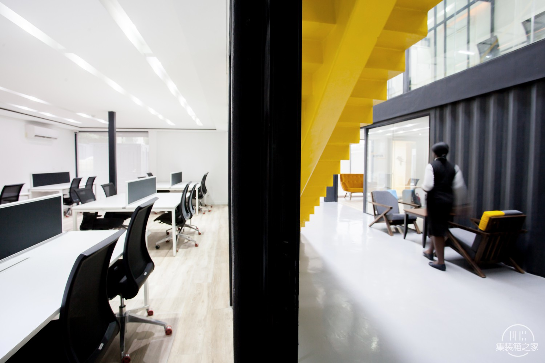 Africa_Fintech_Foundry_HQ_03_MOE_Art_Architecture.jpg