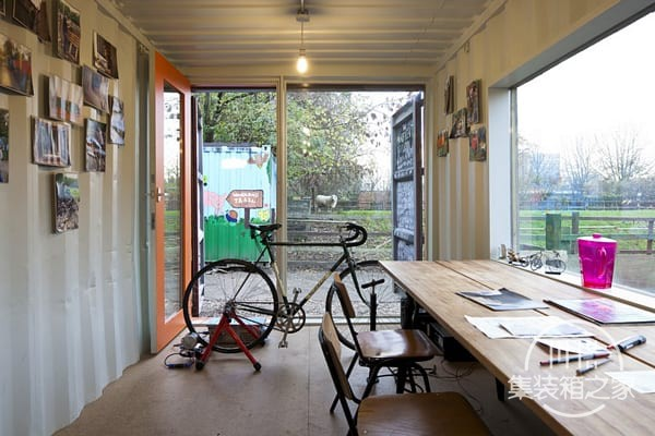tn_Shipping-Container-Office-3.jpg