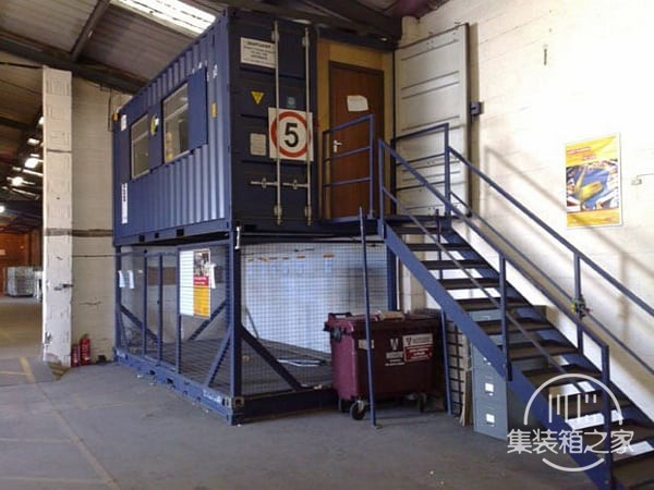 tn_Shipping-Container-Office-7.jpg