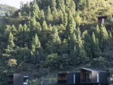 贵州深山里的集装箱民宿