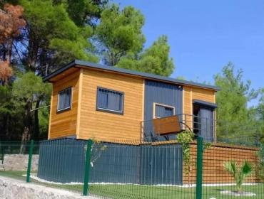 一个16平方米的离网集装箱房屋