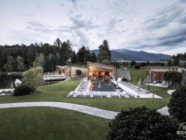 湖光山色,水天相接——家庭经营式的集装箱Hotel Seehof