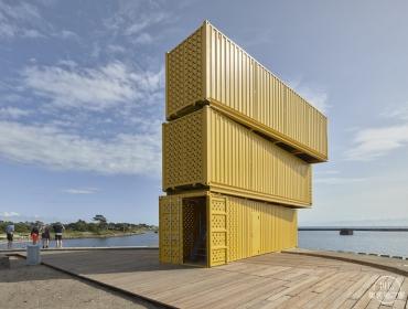 海边集装箱跳水站台