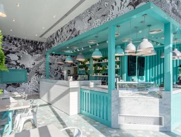 清新蓝色韵味集装箱冰淇淋店