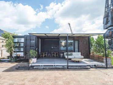 一个可移动的太阳能集装箱生态酒店