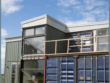 新西兰的一座奇妙的非常规集装箱房屋