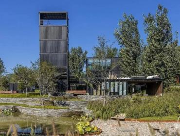 现代设计技术来诠的新集装箱博物馆