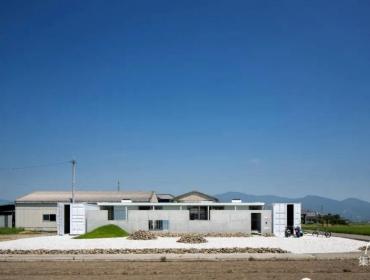 40英尺宽的集装箱板野区住宅