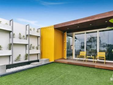 1200平方英尺左右的公寓设计一个轻便的临时集装箱结构