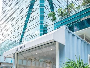 亚洲小清新集装箱咖啡店